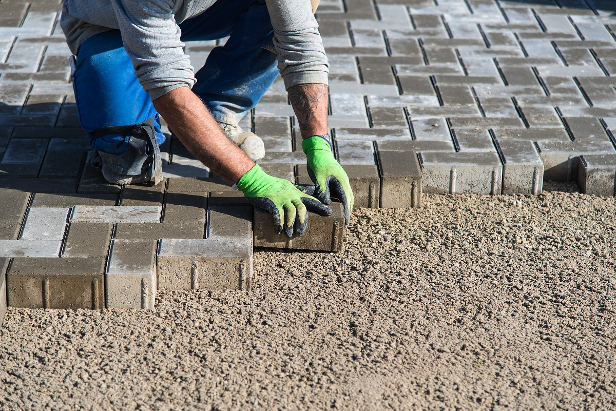 Professional Repairing Interlocking Pavers